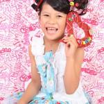 大阪の七五三写真撮影スタジオ・ハニーアンドクランチの7歳女の子ドレス・洋装のフォトギャラリーE002