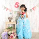 大阪の七五三写真撮影スタジオ・ハニーアンドクランチの7歳女の子ドレス・洋装のフォトギャラリーE013