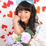 大阪の七五三写真撮影スタジオ・ハニーアンドクランチの7歳女の子ドレス・洋装のフォトギャラリーE018