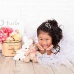 大阪の七五三写真撮影スタジオ・ハニーアンドクランチの7歳女の子ドレス・洋装のフォトギャラリーE024
