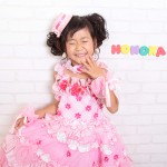 大阪の七五三写真撮影スタジオ・ハニーアンドクランチの7歳女の子ドレス・洋装のフォトギャラリーE029