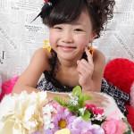 大阪の七五三写真撮影スタジオ・ハニーアンドクランチの7歳女の子ドレス・洋装のフォトギャラリーE036
