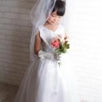 大阪の七五三写真撮影スタジオ・ハニーアンドクランチの7歳女の子ドレス・洋装のフォトギャラリーE039