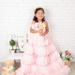 大阪の七五三写真撮影スタジオ・ハニーアンドクランチの7歳女の子ドレス・洋装のフォトギャラリーE045