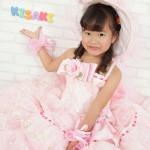 大阪の七五三写真撮影スタジオ・ハニーアンドクランチの7歳女の子ドレス・洋装のフォトギャラリーE049