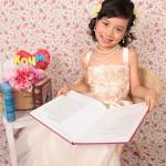 大阪の七五三写真撮影スタジオ・ハニーアンドクランチの7歳女の子ドレス・洋装のフォトギャラリーE056