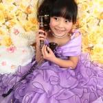 大阪の七五三写真撮影スタジオ・ハニーアンドクランチの7歳女の子ドレス・洋装のフォトギャラリーE086