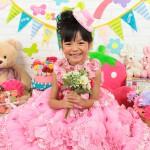 大阪の七五三写真撮影スタジオ・ハニーアンドクランチの7歳女の子ドレス・洋装のフォトギャラリーE087