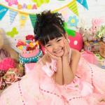大阪の七五三写真撮影スタジオ・ハニーアンドクランチの7歳女の子ドレス・洋装のフォトギャラリーE088