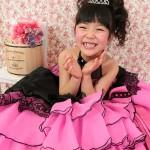 大阪の七五三写真撮影スタジオ・ハニーアンドクランチの7歳女の子ドレス・洋装のフォトギャラリーE093