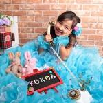 大阪の七五三写真撮影スタジオ・ハニーアンドクランチの7歳女の子ドレス・洋装のフォトギャラリーE094
