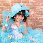 大阪の七五三写真撮影スタジオ・ハニーアンドクランチの7歳女の子ドレス・洋装のフォトギャラリーE097