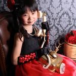 大阪の七五三写真撮影スタジオ・ハニーアンドクランチの7歳女の子ドレス・洋装のフォトギャラリーE098