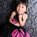 大阪の七五三写真撮影スタジオ・ハニーアンドクランチの7歳女の子ドレス・洋装のフォトギャラリーE102