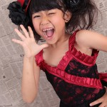 大阪の七五三写真撮影スタジオ・ハニーアンドクランチの7歳女の子ドレス・洋装のフォトギャラリーE111