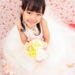 大阪の七五三写真撮影スタジオ・ハニーアンドクランチの7歳女の子ドレス・洋装のフォトギャラリーE113