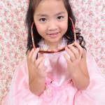 大阪の七五三写真撮影スタジオ・ハニーアンドクランチの7歳女の子ドレス・洋装のフォトギャラリーE114