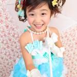 大阪の七五三写真撮影スタジオ・ハニーアンドクランチの7歳女の子ドレス・洋装のフォトギャラリーE122