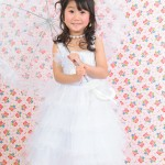 大阪の七五三写真撮影スタジオ・ハニーアンドクランチの7歳女の子ドレス・洋装のフォトギャラリーE123