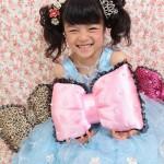 大阪の七五三写真撮影スタジオ・ハニーアンドクランチの7歳女の子ドレス・洋装のフォトギャラリーE133