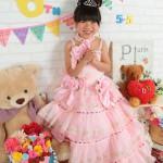 大阪の七五三写真撮影スタジオ・ハニーアンドクランチの7歳女の子ドレス・洋装のフォトギャラリーE135