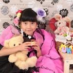 大阪の七五三写真撮影スタジオ・ハニーアンドクランチの7歳女の子ドレス・洋装のフォトギャラリーE140