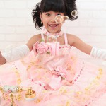 大阪の七五三写真撮影スタジオ・ハニーアンドクランチの7歳女の子ドレス・洋装のフォトギャラリーE144