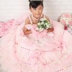 大阪の七五三写真撮影スタジオ・ハニーアンドクランチの7歳女の子ドレス・洋装のフォトギャラリーE151
