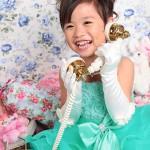 大阪の七五三写真撮影スタジオ・ハニーアンドクランチの7歳女の子ドレス・洋装のフォトギャラリーE153
