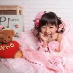 大阪の七五三写真撮影スタジオ・ハニーアンドクランチの7歳女の子ドレス・洋装のフォトギャラリーE159