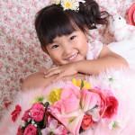 大阪の七五三写真撮影スタジオ・ハニーアンドクランチの7歳女の子ドレス・洋装のフォトギャラリーE160