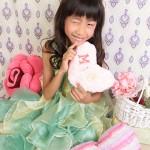 大阪の七五三写真撮影スタジオ・ハニーアンドクランチの7歳女の子ドレス・洋装のフォトギャラリーE163