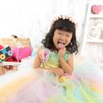 大阪の七五三写真撮影スタジオ・ハニーアンドクランチの7歳女の子ドレス・洋装のフォトギャラリーE164
