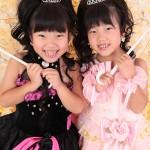 大阪の七五三写真撮影スタジオ・ハニーアンドクランチの7歳女の子ドレス・洋装のフォトギャラリーE171