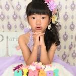大阪の七五三写真撮影スタジオ・ハニーアンドクランチの7歳女の子ドレス・洋装のフォトギャラリーE176
