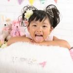 大阪の七五三写真撮影スタジオ・ハニーアンドクランチの7歳女の子ドレス・洋装のフォトギャラリーE182