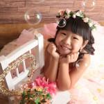 大阪の七五三写真撮影スタジオ・ハニーアンドクランチの7歳女の子ドレス・洋装のフォトギャラリーE210