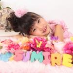 大阪の七五三写真撮影スタジオ・ハニーアンドクランチの7歳女の子ドレス・洋装のフォトギャラリーE223