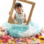 大阪の七五三写真撮影スタジオ・ハニーアンドクランチの7歳女の子ドレス・洋装のフォトギャラリーE226