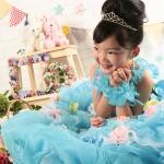 大阪の七五三写真撮影スタジオ・ハニーアンドクランチの7歳女の子ドレス・洋装のフォトギャラリーE246