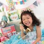 大阪の七五三写真撮影スタジオ・ハニーアンドクランチの7歳女の子ドレス・洋装のフォトギャラリーE259