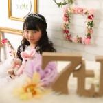 大阪の七五三写真撮影スタジオ・ハニーアンドクランチの7歳女の子ドレス・洋装のフォトギャラリーE261