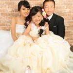 大阪の七五三写真撮影スタジオ・ハニーアンドクランチの7歳女の子ドレス・洋装のフォトギャラリーE273