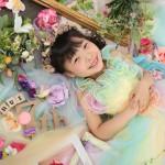 大阪の七五三写真撮影スタジオ・ハニーアンドクランチの7歳女の子ドレス・洋装のフォトギャラリーE277