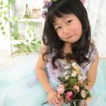 大阪の七五三写真撮影スタジオ・ハニーアンドクランチの7歳女の子ドレス・洋装のフォトギャラリーE280