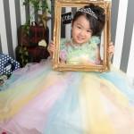 大阪の七五三写真撮影スタジオ・ハニーアンドクランチの7歳女の子ドレス・洋装のフォトギャラリーE281