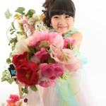 大阪の七五三写真撮影スタジオ・ハニーアンドクランチの7歳女の子ドレス・洋装のフォトギャラリーE285