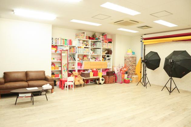 こども写真館HONEY&CRUNCHの神戸三宮・生田神社店のAスタジオ写真01