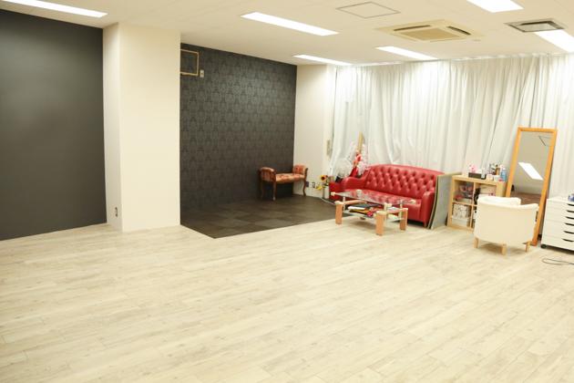 こども写真館HONEY&CRUNCHの神戸三宮・生田神社店のBスタジオ写真02