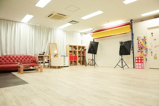 こども写真館HONEY&CRUNCHの神戸三宮・生田神社店のBスタジオ写真03